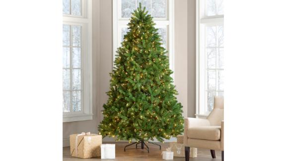 Red Barrel Studio Newberry Spruce 7.5-Ft Green Spruce Artificial Christmas Tree With 750 Clear/White Lights